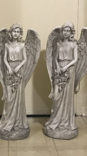 """Still available 2 large resin 33"""" tall garden statues pick up in Gaithersburg md20877 for Sale in Gaithersburg, MD"""