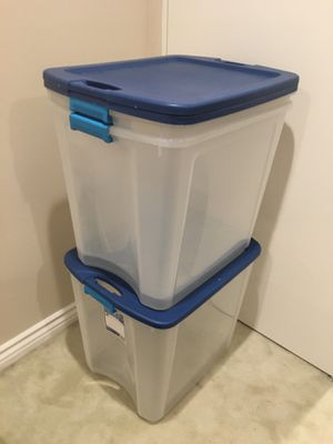 3 large plastic box for Sale in Los Angeles, CA