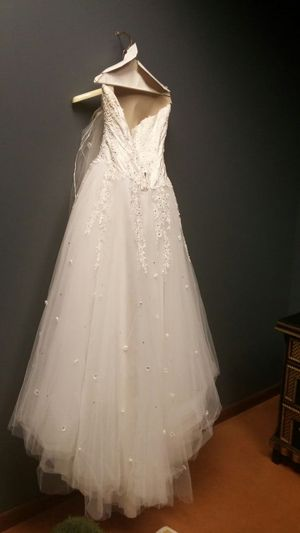 Diamond Collection wedding dress for Sale in Houston, TX