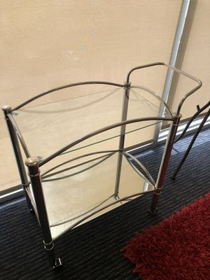 SERVING CART MIRROR AND CHROME for Sale in Hialeah, FL