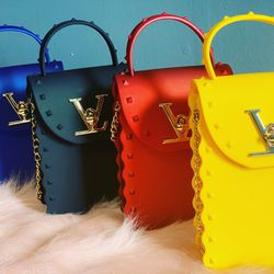 Handbags for Sale in Indianapolis,  IN