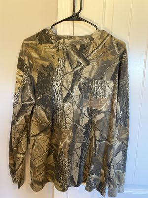Men's Small Long Sleeve Camo Shirt for Sale in Lebanon, TN