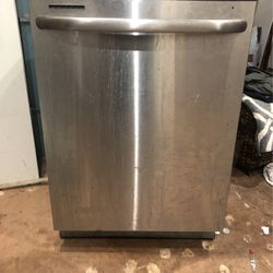 Free Stainless Steel Dishwasher for Sale in Pittsburgh,  PA