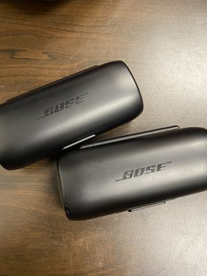 Bose soundsport wireless earbuds and extra charging case for Sale in Richmond, VA