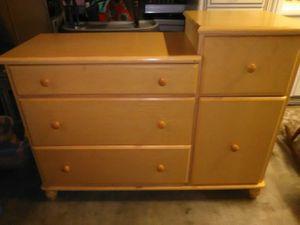 Dresser changing table for Sale in La Verne, CA