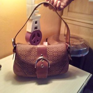 Coach Handbag for Sale in Fort Lauderdale, FL