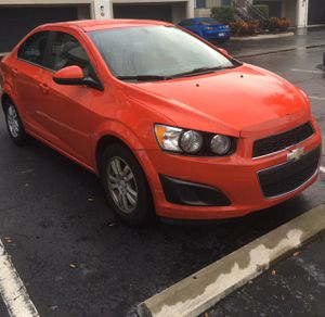 2014 Chevy Sonic LT for Sale in Orlando, FL