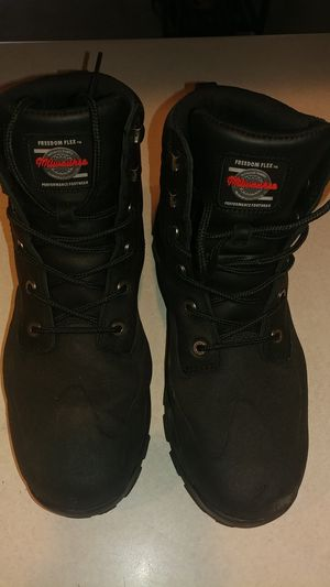 Millwaukee mens motorcycle boots size 10 for Sale in Appleton, WI