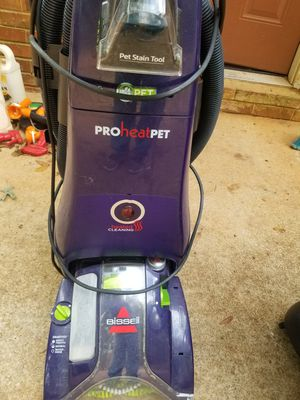 Used carpet cleaner bissel pet for Sale in Conyers, GA