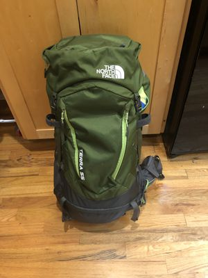 The north face terra 55 hiking backpack for Sale in Topeka, KS