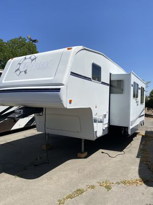 2007 terry resort 5th wheel trailer very nice and clean for Sale in Rancho Cordova, CA