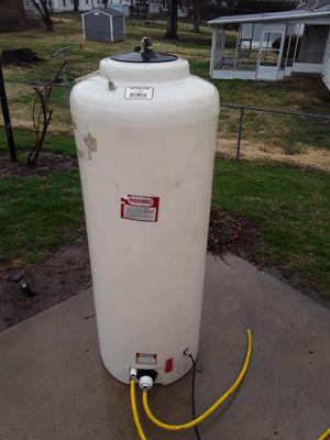 100 Gallon Plastic Tank for Sale in Kansas City, MO