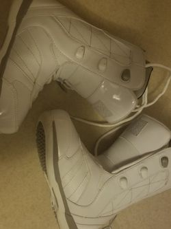Womans Size 6 Snowboard boots for Sale in Vancouver,  WA