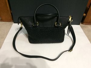 London Fog Felicity Quilted Satchel Top Handle Bag for Sale in Memphis, TN
