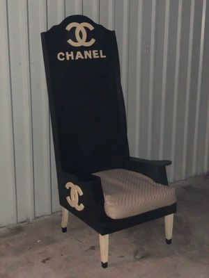 Large & long chair for Sale in Victoria, TX