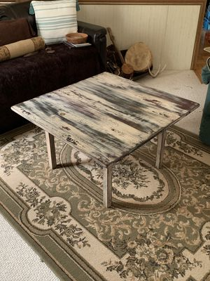 Coffee table for Sale in North Manchester, IN
