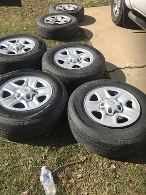 Rims for tundra 5 holles $300 for Sale in Oxon Hill, MD