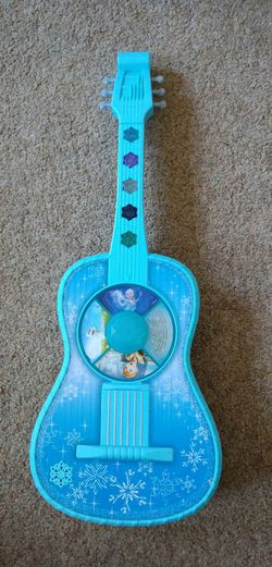 Disney Frozen Guitar for Sale in Pittsburgh,  PA