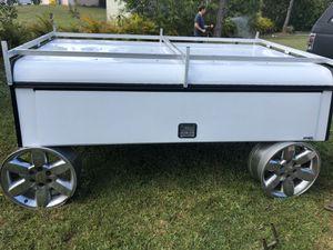 Truck topper Utility W/ladder rack for Sale in Loxahatchee, FL