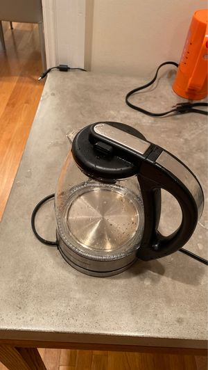 1 L Tea pot for Sale in Brookline, MA