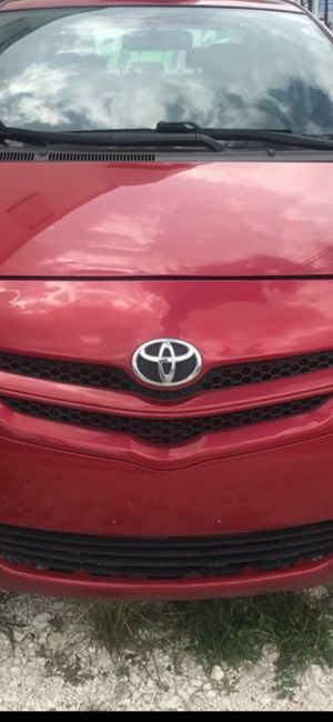 Toyota Yaris. 2008. CLEAN. TITLE. $4300 for Sale in Miami, FL
