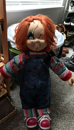 Life sized chucky doll with a fake knife for Sale in Miami, FL