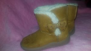 Size 6 childrens girls Brown Boots with Bow for Sale in Las Vegas, NV