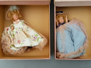 Two antique Eugenia composition 1940s dolls wedding party for Sale in Stewartsville, NJ
