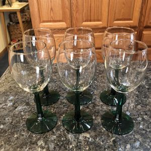 Set of 6 Wine Tulip Glasses w/ Dark Green Stems (stem ribbon design). Size 7 inches tall Perfect condition for Sale in Artesia, CA