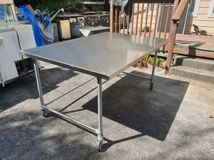 4x6 very sturdy stainless steel work table on wheels for Sale in Burien, WA