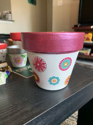 """4"""" flower painted pot for Sale in Plano, TX"""