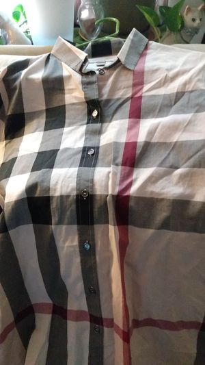 Burberry shirt for Sale in Hillcrest Heights, MD