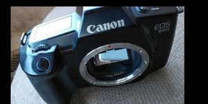 Canon EOS 650 film camera (body only) for Sale in Riverview, FL