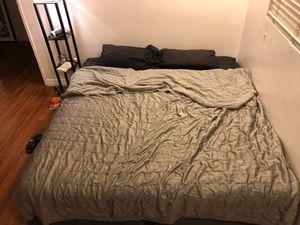 Cali king bed for Sale in Santa Monica, CA
