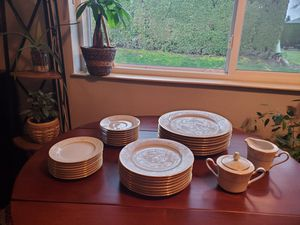 Naritake 1970s antique for Sale in Vancouver, WA