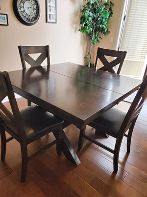 Kitchen table for Sale in San Clemente, CA