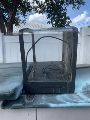 32 Biocube hoodless Free for Sale in Deerfield Beach, FL