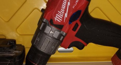 Milwaukee Hammer Drill/Driver With 5.0 Battery for Sale in Baltimore,  MD