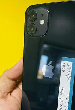 iPhone 12 Att Tmobile Metro ( Finance for $70 down amd take home today ) 1 year warranty $850 for Sale in Carrollton,  TX
