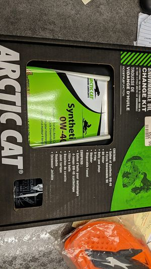 ARCTIC CAT SNOWMOBILE OIL CHANGE KIT for Sale in Tacoma, WA