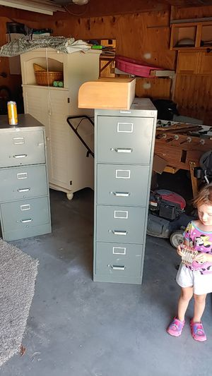 File cabinet 10.00 for Sale in Pueblo, CO