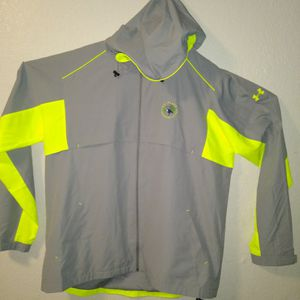 Men's Sport Jacket Under armour Size 2XL for Sale in Lakewood, WA