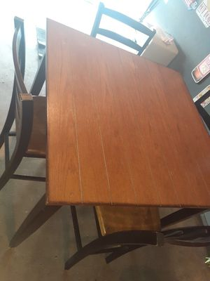 Kitchen table for Sale in Orange, CA