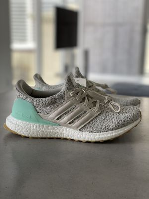 NEW Adidas Ultra Boost 4.0 Carbon Clear Mint MSRP $180 women's size 7.5 for Sale in Miami, FL