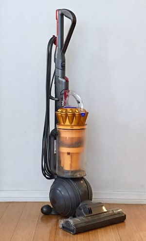 Dyson DC 41 BALL Great condition !! With accessories. for Sale in West Hollywood, CA