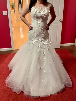 Wedding dress and a veil for Sale in Tacoma, WA