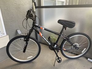 "Road master mountain bike 24"" 18 speed for Sale in Orlando, FL"