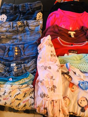 14 PIECE CLOTHES BUNDLE SIZE 6 for Sale in Fontana, CA
