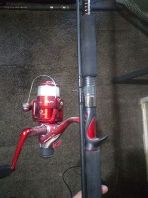 "Pick up now!$30 used like new 2 PC COMBO Shakespeare ugly stik gx2 USCA702ML 7'0"" MED LIGHT ACTION for Sale in Philadelphia, PA"