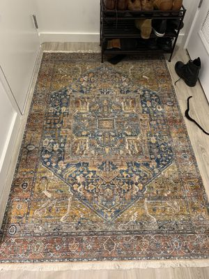 [read the description!!] Gorgeous rugs (different ones so scroll through!) for Sale in Columbus, OH